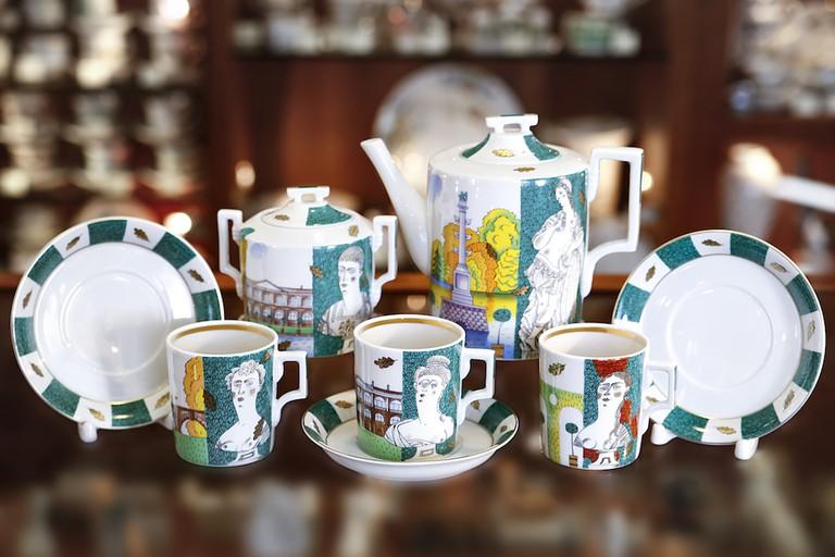 Themed coffee set
