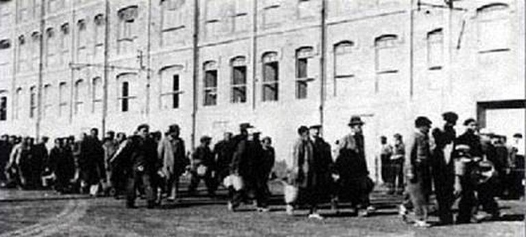People arriving at the Camp des Milles