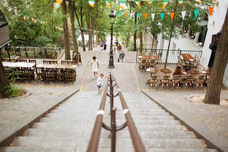 Montmartre stairwell │Caroline Peyronel/© Culture Trip