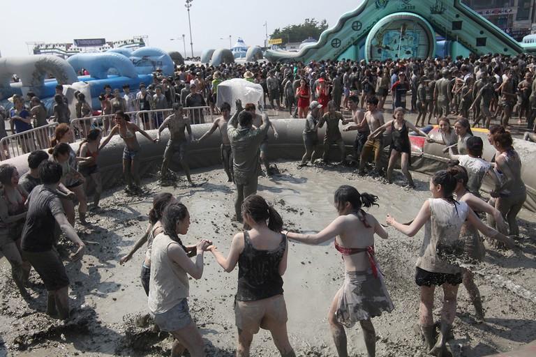 Let the mud games begin!