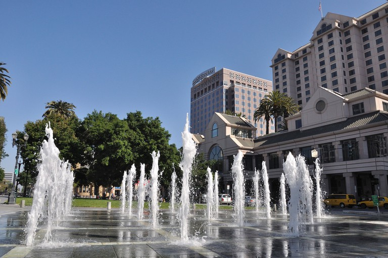 Plaza de César Chávez Fountain