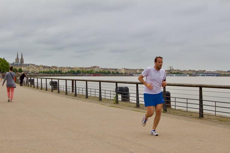 Runner alongside the Garonne River