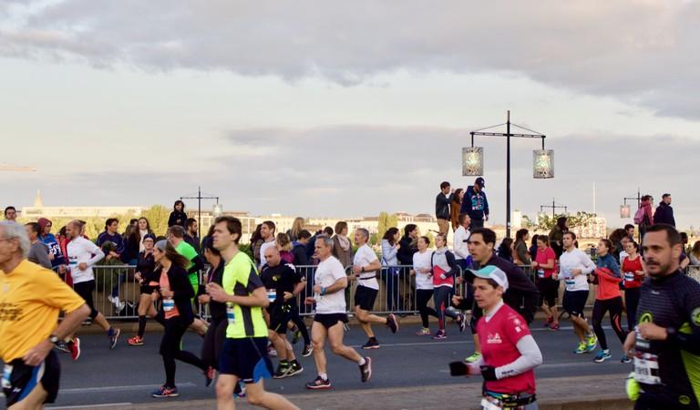 Runners during the Bordeaux Marathon