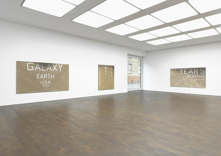Ed Ruscha 2016 'Extremes and In-betweens' Installation view at Gagosian | © Mike Bruce