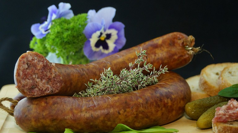 Sausages, dividing Switzerland since 1522