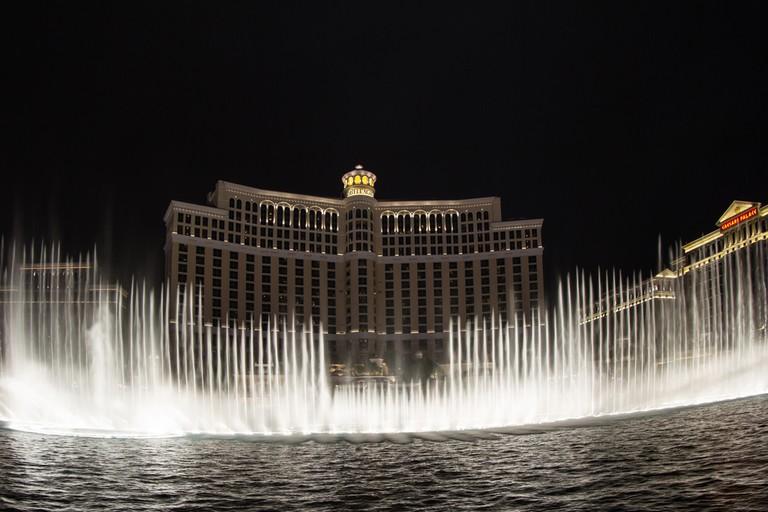 Bellagio Fountains   © Wollertz/Shutterstock