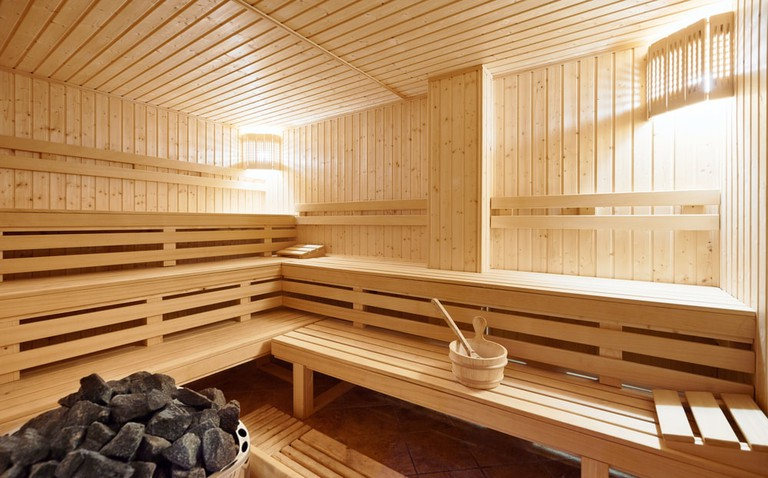 Finnish style Sauna   © Nikolay Dimitrov - ecobo/Shutterstock