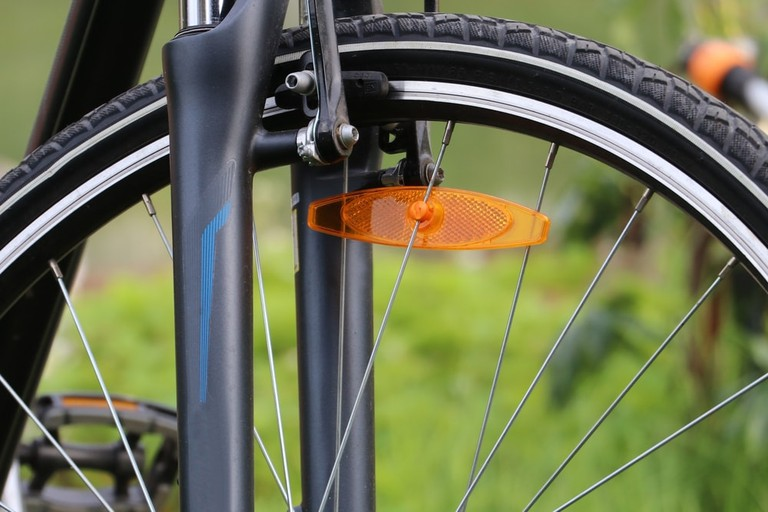 Bicycle Reflector   © Planet27 photo/Shutterstock
