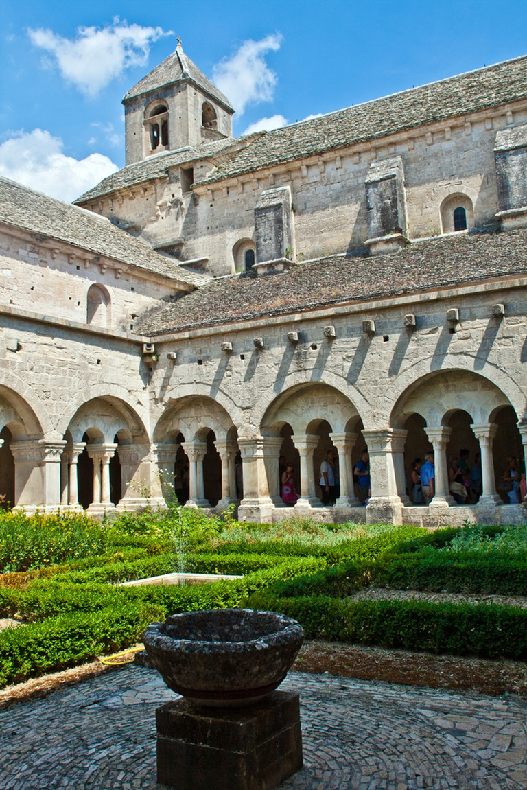 The cloisters at Sénanque Abbey