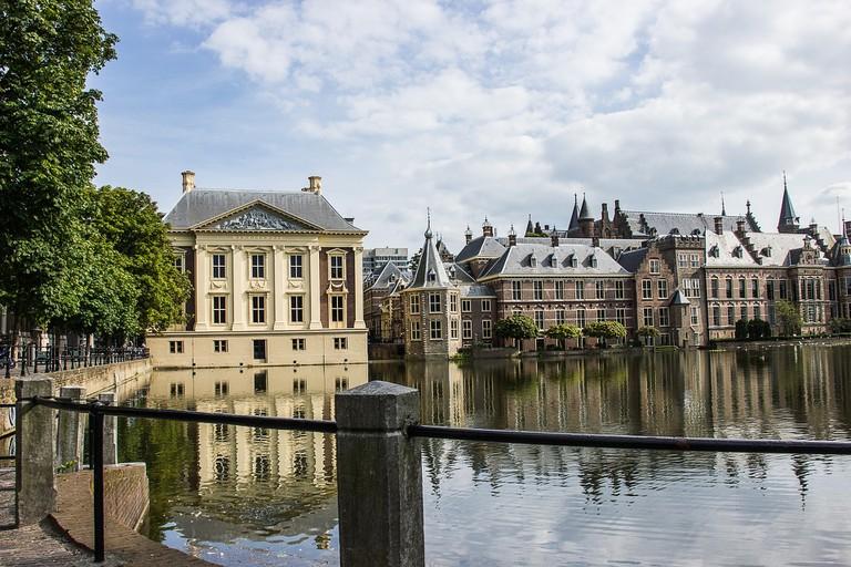 Mauritshuis museum and het Binnenhof