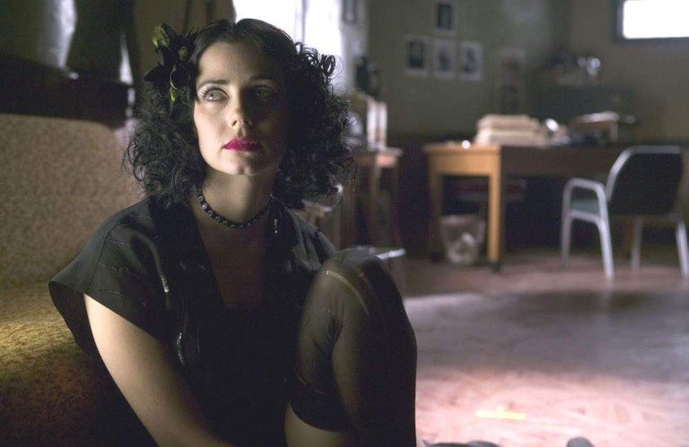 Mia Kirshner in The Black Dahlia
