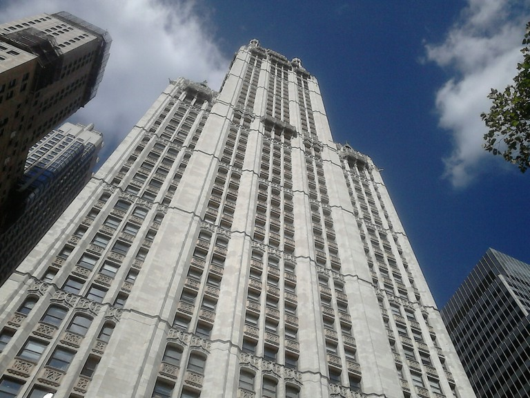 Woolworth Building l