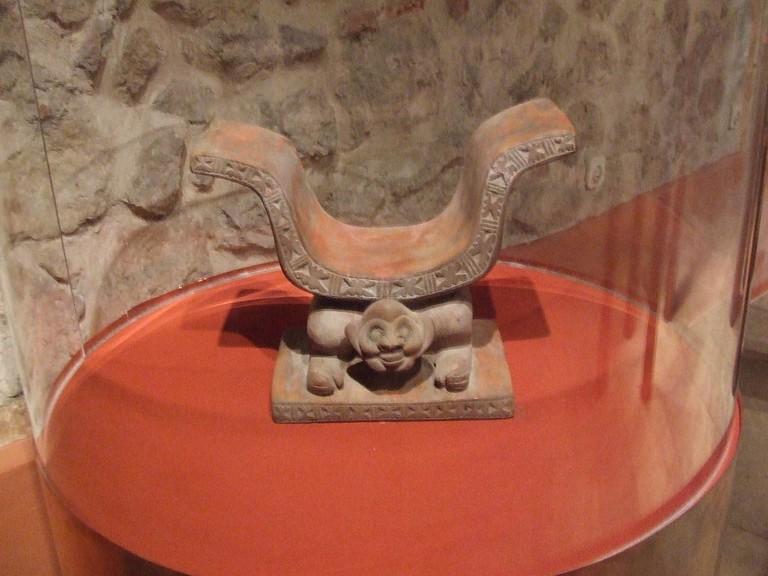 Seat of Power, Cultura Manteña-Huancavilca