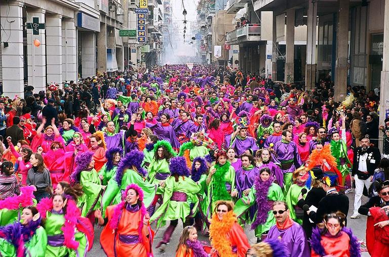 Sunday Parade | © Gontzi / Wikimedia Commons
