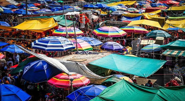 Mexico City tianguis – flickr