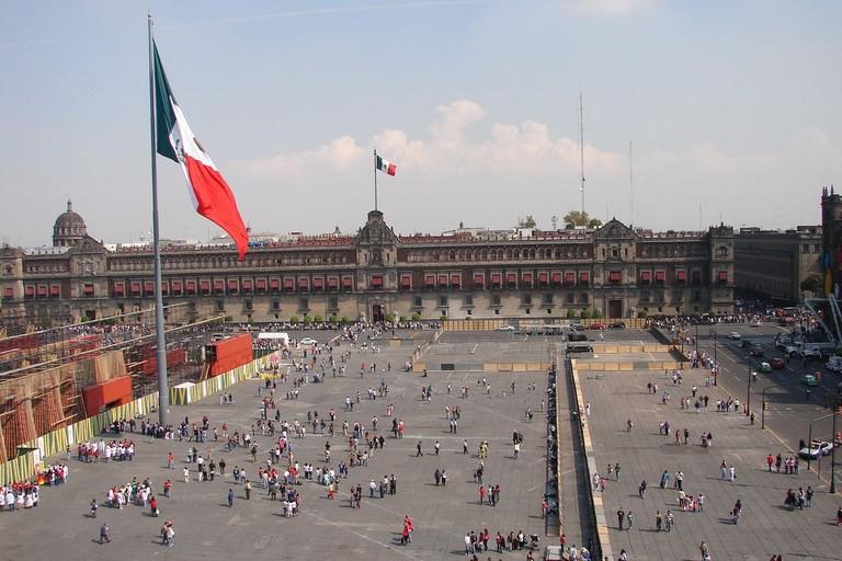 Mexico City's main plaza, the zocalo / flckr