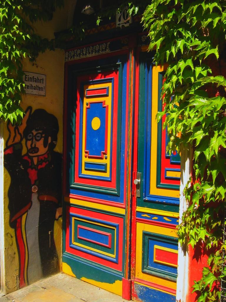 A door in Mitte