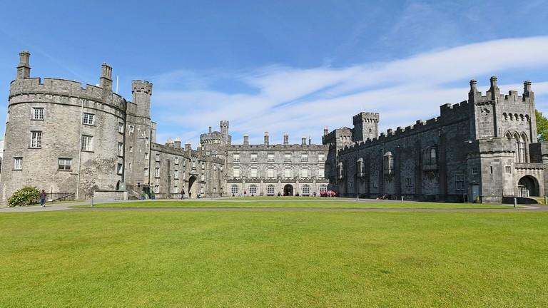 Kilkenny castle © Robert Linsdell