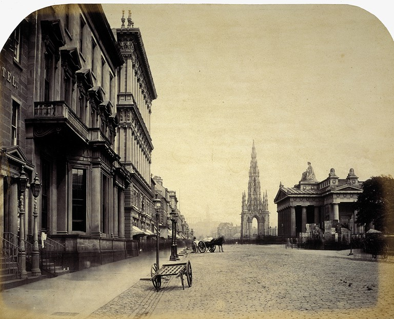 Princes Street c. 1858 | © National Galleries of Scotland/Flickr