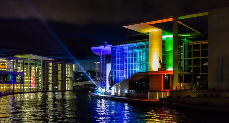 """25 years of German Unity"" is a light installation on Marie Elisabeth Lüders Haus near the German Parliament"