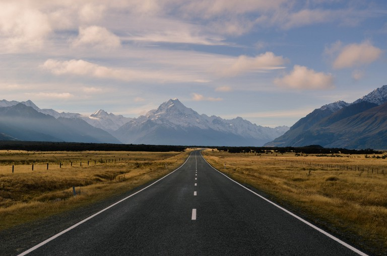 The road to Mt Cook