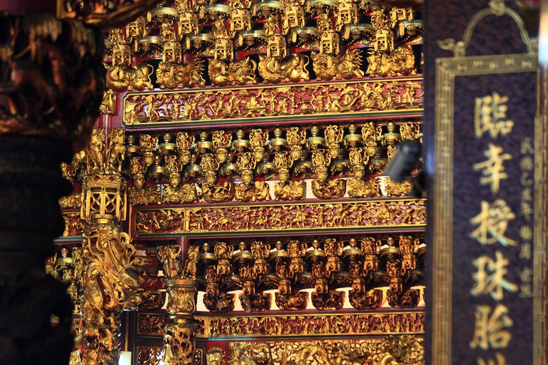 The gold of Lady Linshui Temple