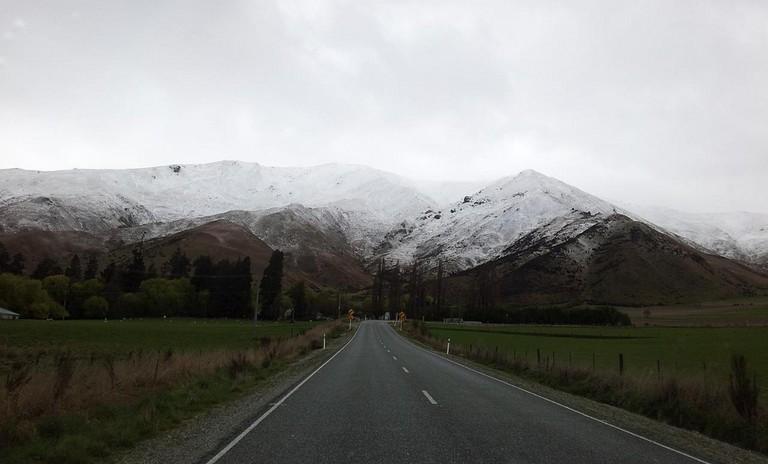 Road heading to Hells Gate Geothermal Park, Rotorua