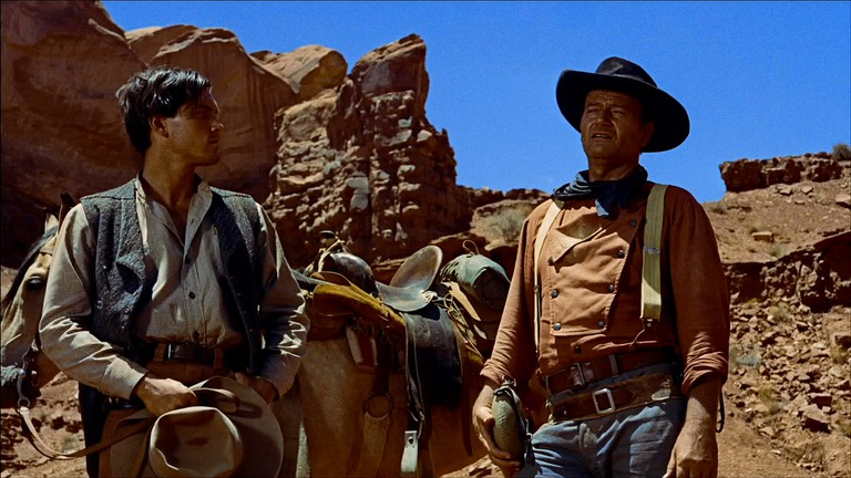 Martin Pawley (Jeffrey Hunter) and Ethan Edwards (John Wayne) in The Searchers