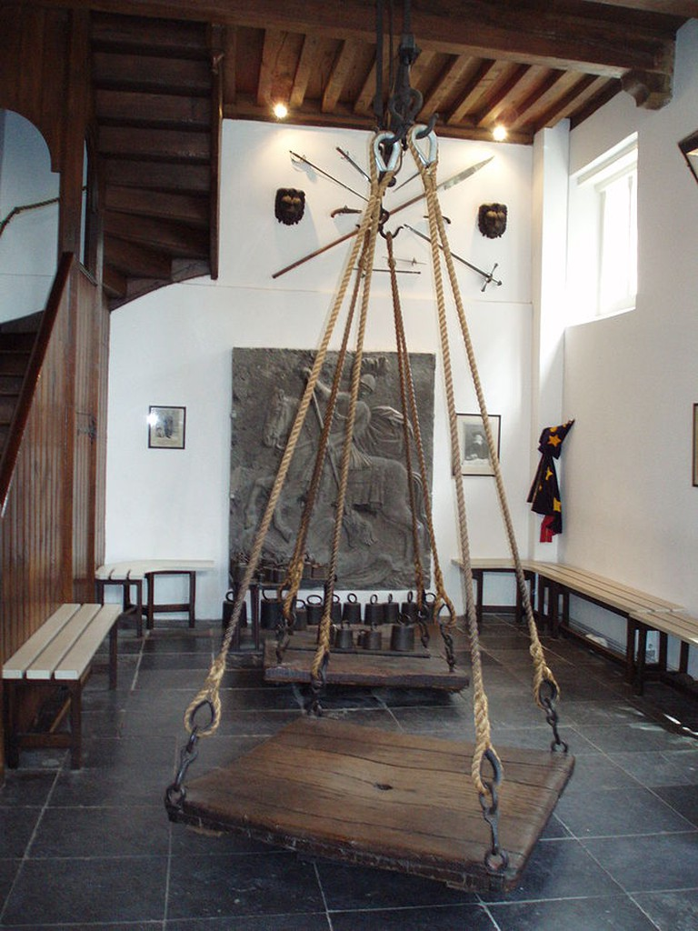 The scales at the weighing house