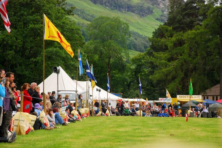 Highland Games In Lochearnhead   © ozge can/Flickr
