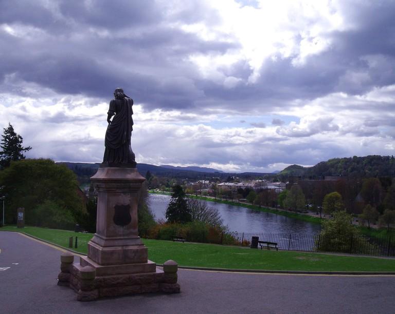 Statue of Flora MacDonald