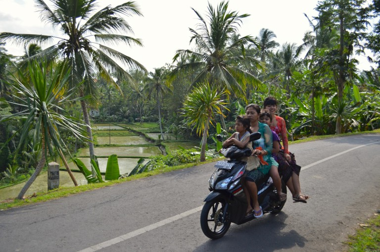Getting around with motorbike in Bali