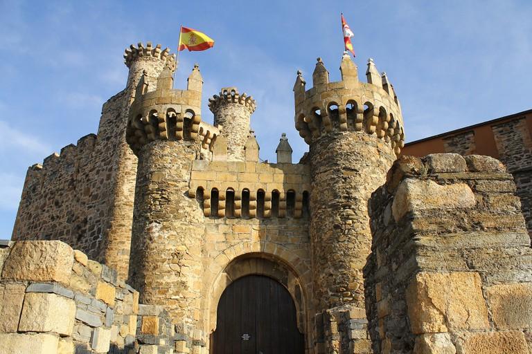 Castillo de Ponferrada, Spain | © Contando Estrelas / Flickr
