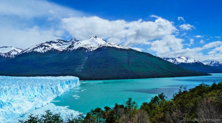 Visit Patagonia in spring for clear blue skies