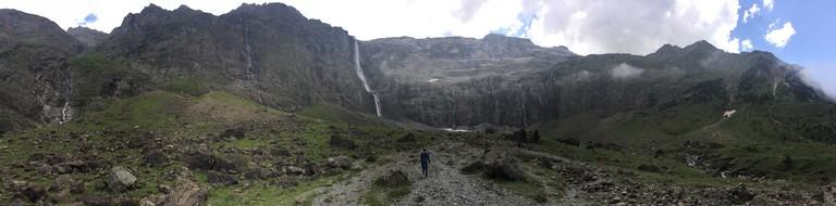 The glacial crater of Cirque de Gavarnie