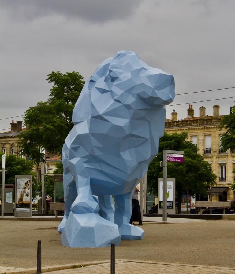 Le Lion Bleu, emblem of La Bastide neighborhood