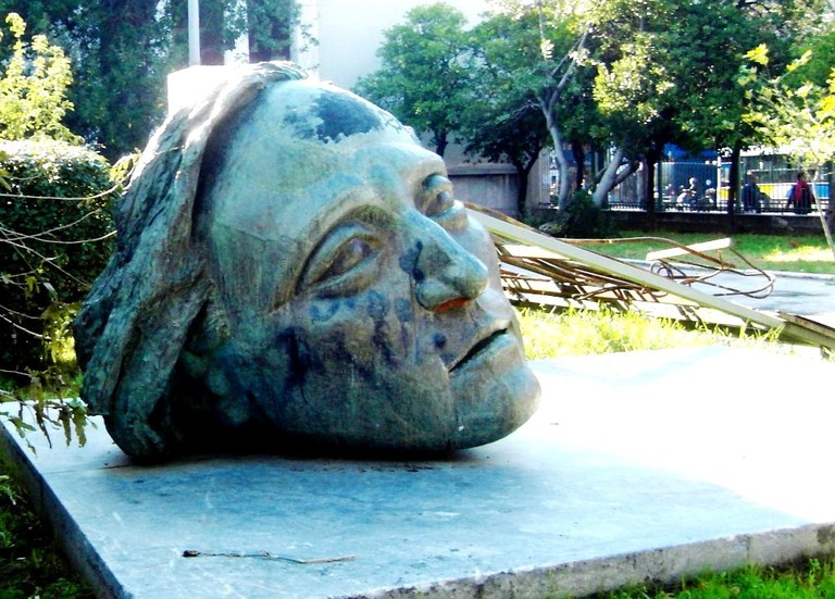 Sculpture of the head of a youngster that is located at the entrance of the NTUA, commemorating the 1973 uprising, by sculptor Memos Makris