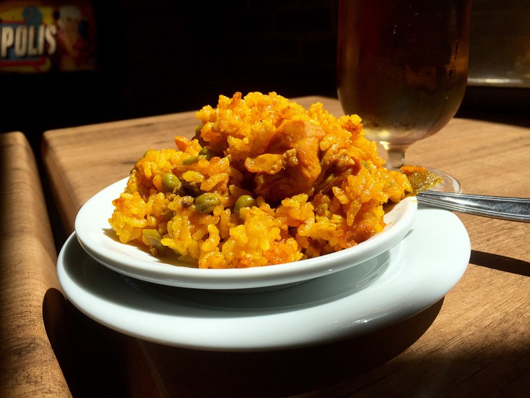 Granada is famous throughout Spain for its free tapas; annekarakash, pixabay