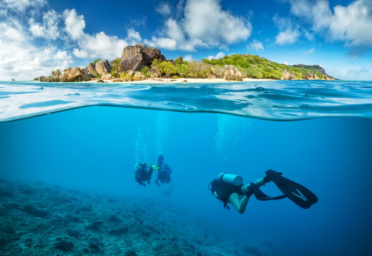 family activities to try in Seychelles - scuba diving