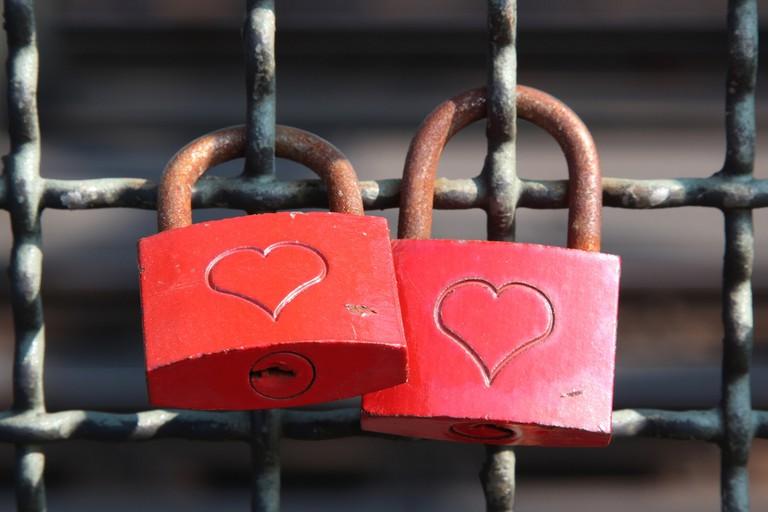 Love locks on Cologne's Hohenzollern bridge