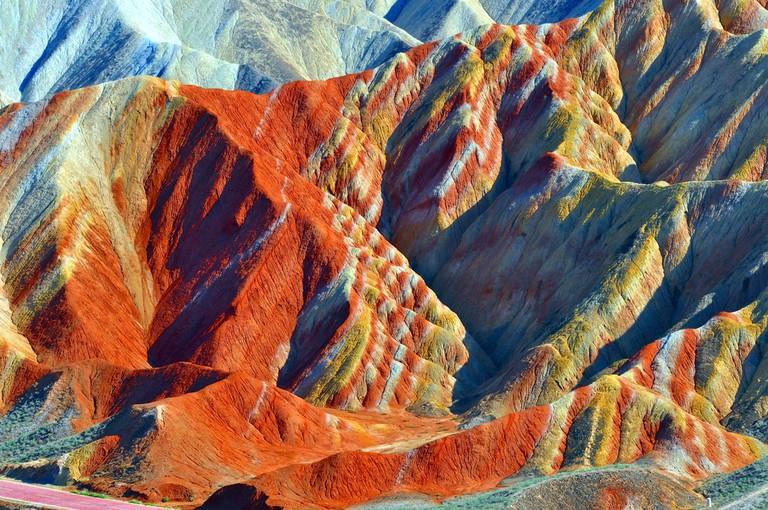 https://www.shutterstock.com/image-photo/zhangye-china-october-2016-national-park-498842197?src=B3llZvMtRiVhzZI7-TTT4A-1-1