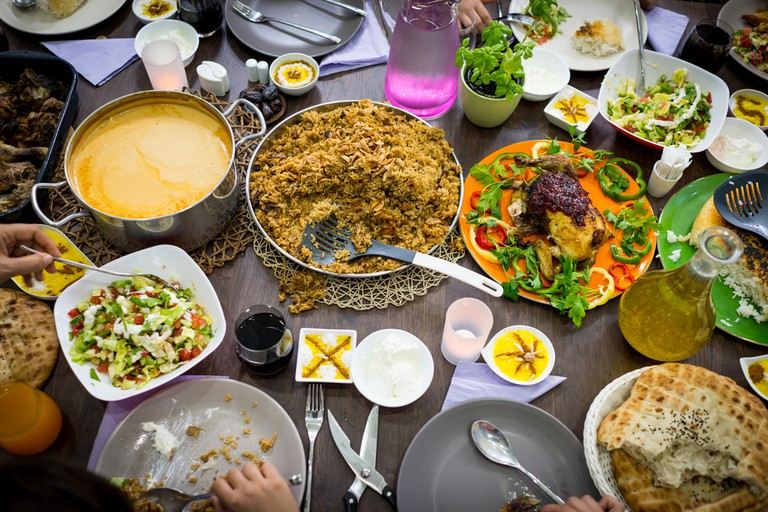 From Thanksgiving to Eid, family meals can be great fun