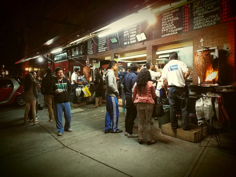 El Vilsito tacos al pastor stand in Mexico City
