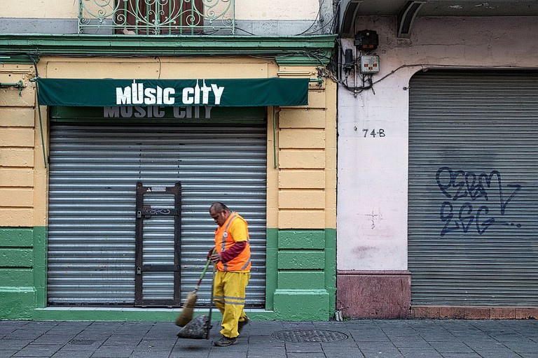 Mexico City Street Sweeper