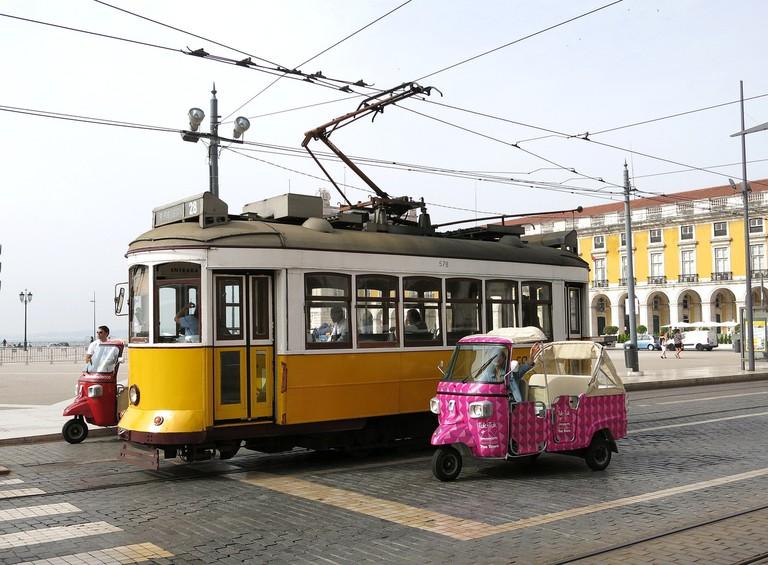 Lisbon's tuk tuks are as iconic as its trams   b1-foto / Pixabay