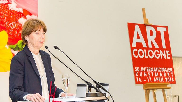 The Cologne mayor speaks at Art Cologne