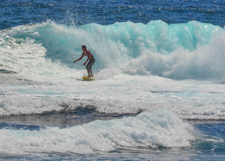 Solid wave, Siargao