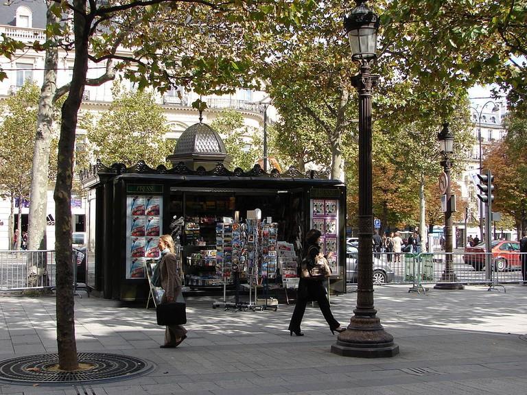 News kiosk in Paris