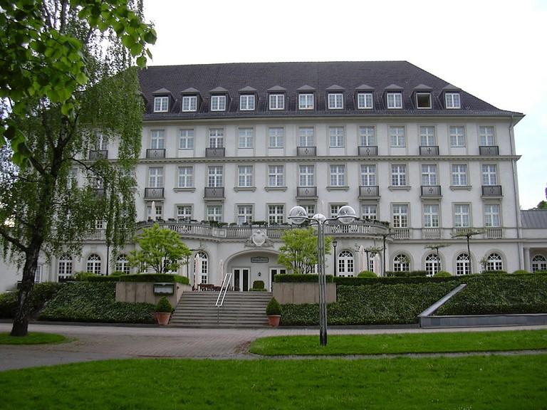 Quellenhof Hotel and Spa, Aachen  © GDelhey / Wikimedia Commons