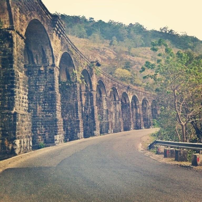 Pathimoonnu Kannara Palam
